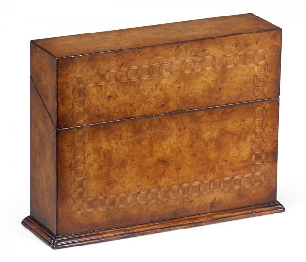 Rectangular Walnut & Circular Inlay Placemat Box