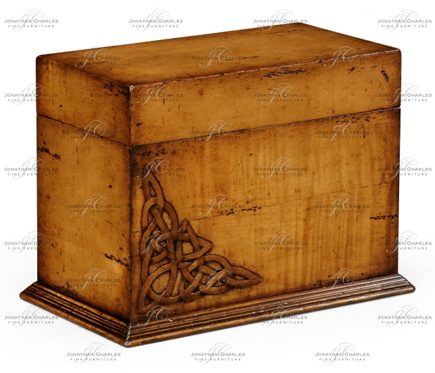 small rushmore Raised celtic veneer letter box