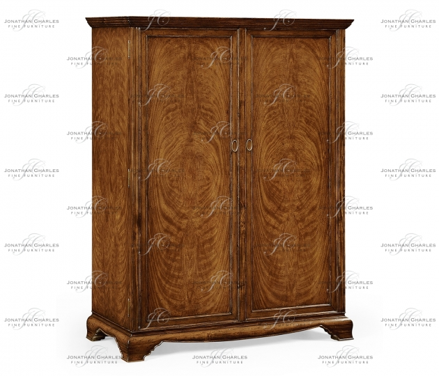 small rushmore Large Walnut Wardrobe