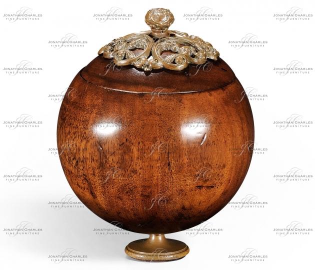 small rushmore Small George III Round Walnut Box